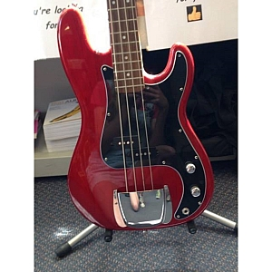 Stagg Custom Red Bass